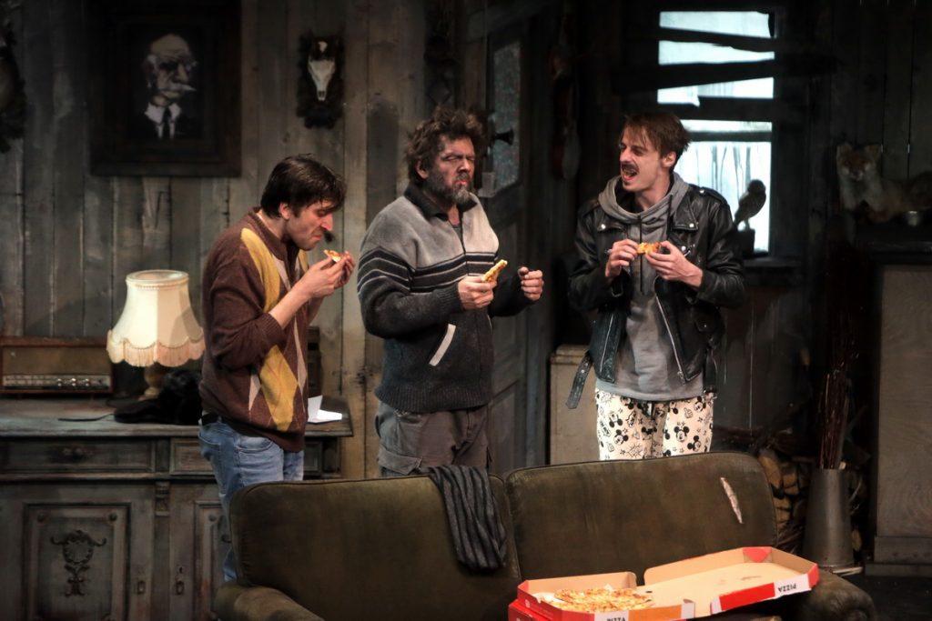 """La cererea publicului, Florin Piersic jr. joacă din nou în piesa """"Fraţi"""" la Timişoara"""