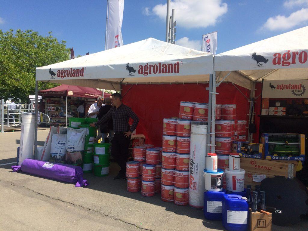 Compania Agroland, prezentă la târgul Banat Agralim. Proiecte în derulare pentru studenții de la Zootehnie (P)