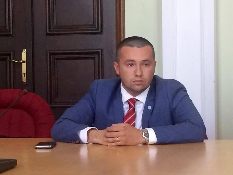 Călin Dobra și-a mărit echipa de consilieri