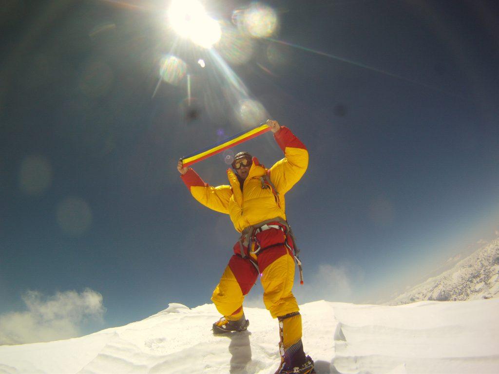 Premieră în România! Horia Colibășanu a urcat pe Everest