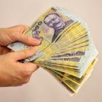 Guvernul a majorat pensiile și indemnizația de creștere a copilului