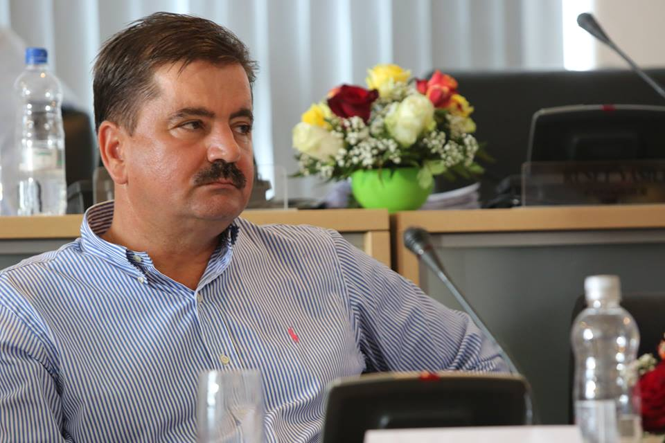 """Conducerea Aeroportului Timișoara:""""Când în spatele unor promisiuni electorale nerealizate ale lui Robu se acumulează frustrări, atitudinea denigratoare a acestuia a devenit un mod de a se comporta"""""""