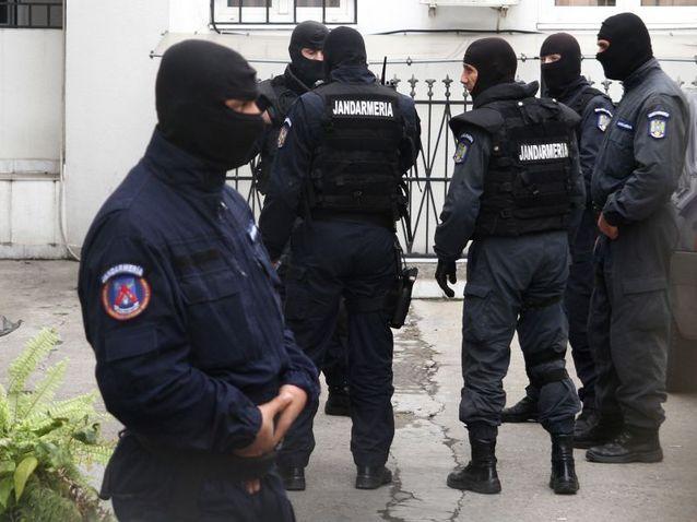 Descinderi în Timiș și alte județe! Grupare infracțională care ar fi cauzat prejudiciu de 6 milioane euro, desctructurată