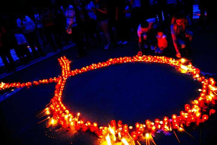 Timișorenii, chemați să aprindă lumânări în memoria victimelor SIDA