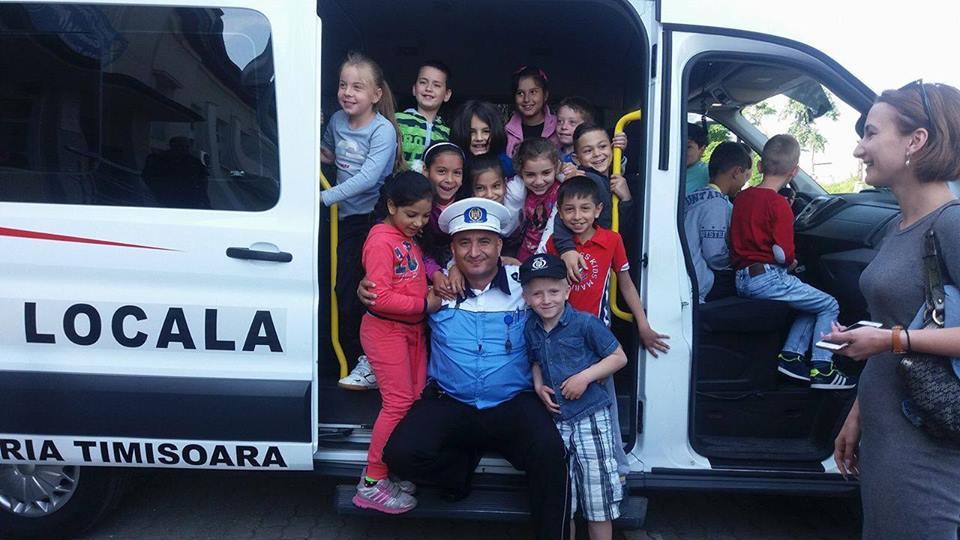 Sute de timișoreni au trecut pragul Poliției Locale la Ziua Porților Deschise