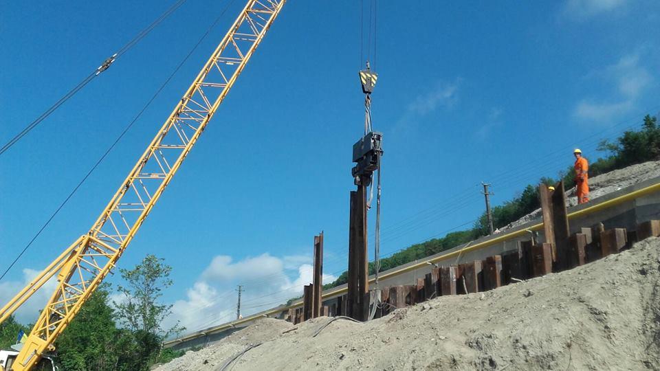 Lucrările la autostrada Lugoj-Deva continuă în ritm alert. FOTO