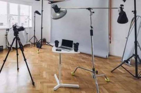 """Ce au păţit firmele care îşi trimiteau angajaţii pe strada Alba Iulia să vâneze """"fotomodele"""""""