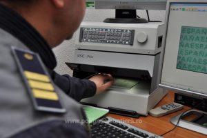 EXCLUSIV! Călătorie de coșmar pentru sute de turiști! Trei șoferi reținuți la vamă în Serbia
