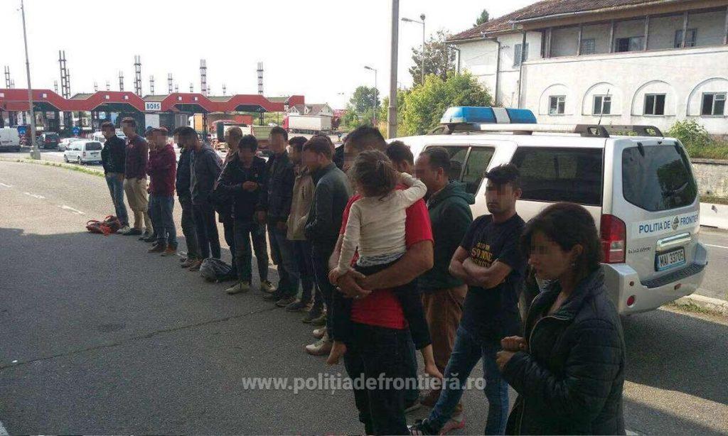 Douăzeci şi doi de cetățeni din Irak, Iran, Siria, India si Pakistan, opriți la frontiera cu Ungaria