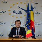 """Deputat ALDE, Marian Cucșa: """"Ipocrizie, numele tău e Cioloș"""""""