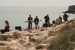 Băieții de la The Weekend Band au lansat un nou videoclip