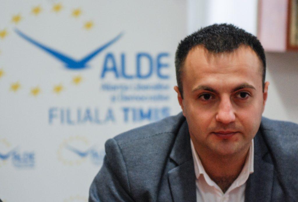 """Deputat Marian Cucșa: """"Primarul Timișoarei Nicolae Robu, așa-zis liberal, apără cu disperare abuzurile și protocoalele secrete dintre SRI și DNA"""""""