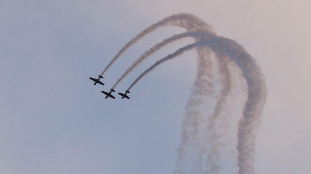 Acrobații pe cerul Banatului cu Skybolt! Pilotul lituanian a făcut din nou show