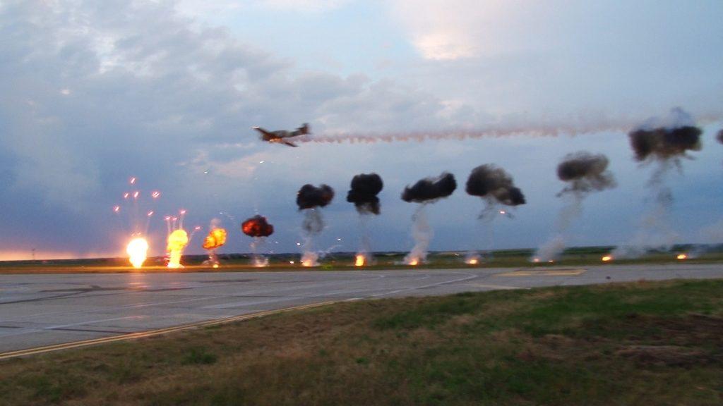Va fi din nou spectacol pe cer. TIMIȘOARA AIR SHOW 2018 va avea loc în 23 iunie