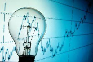 Se anunță noi scumpiri! Facturile la electricitate s-ar putea majora cu 30-40% la finalul anului!