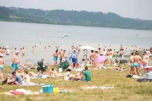 Show aerian, plimbări cu hidrobicicletele pe lac şi concerte la Zilele Lacului Surduc. Vezi programul complet!