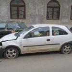 Ce are de gând să facă Poliția Locală cu maşinile abandonate