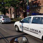 De ce au luat-o la fugă trei tineri care au văzut în toiul nopţii o patrulă a Poliţiei Locale