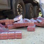 Țigări ascunse într-o maşină, confiscate în Punctul de Trecere a Frontierei Porțile de Fier I