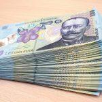 Salariul de bază minim brut pe ţară garantat în plată se majorează la 1.900 lei lunar
