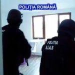 Percheziţii pentru destructurarea unei grupări de trafic de droguri în Timiș și Caraș-Severin