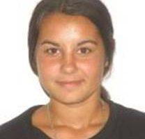 O fată de 15 ani e de negăsit de trei zile
