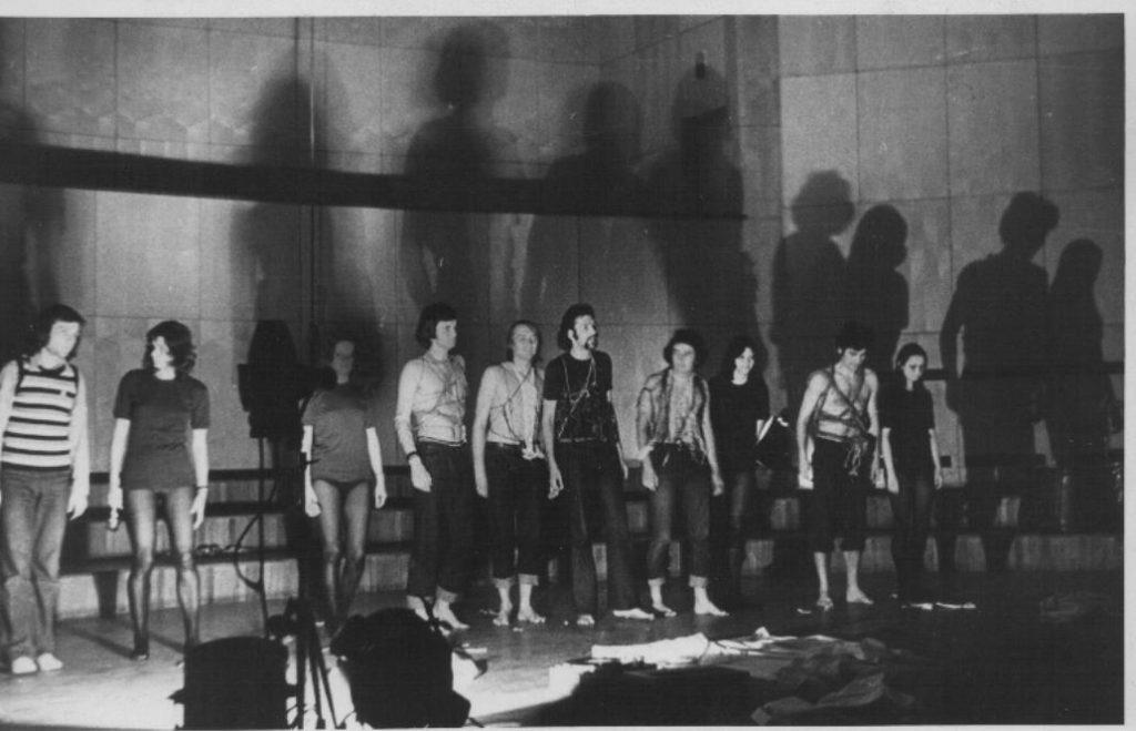 Azi se împlinesc 52 de ani de la înfiinţarea Teatrului Thespis