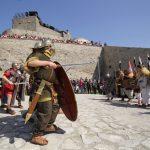 La Cetatea Deva au fost montate panouri informative în trei limbi