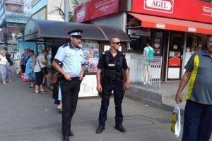 Poliţiştii locali şi jandarmii patrulează în mijloacele de transport în comun