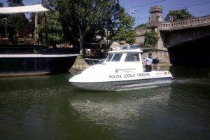 Nu avem vaporetto pe Bega, dar Poliția Locală patrulează cu șalupa din dotare