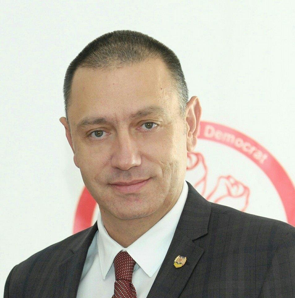 """Ministrul Economiei, Mihai Fifor: """"Ministerul Culturii nu are nicio legătură cu ideea lui Falcă de a demola Piața Catedralei"""""""