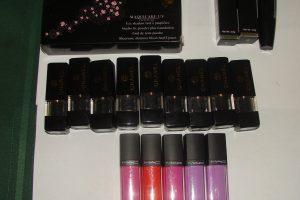 Produse cosmetice contrafăcute depistate în piața Flavia