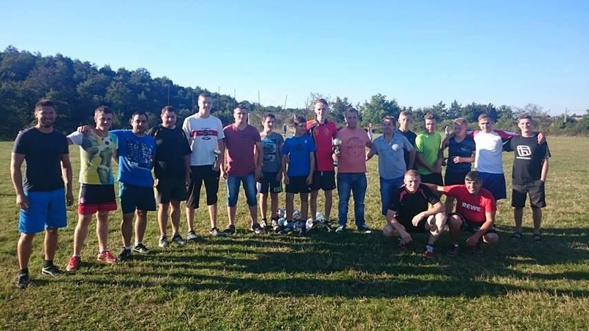 """Muzică și dansuri tradiționale, turneu de fotbal și alte surprize la serbarea """"Fiii satului"""" la Gârnic"""