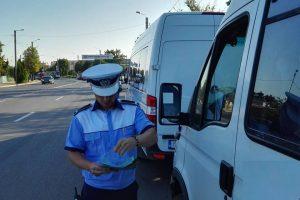 Șoferii de microbuze și camioane s-au ales cu amenzi usturătoare