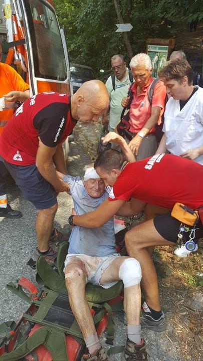 Turist atacat de câini pe munte. Cum a fost coborât de salvamontișii din Băile Herculane