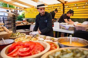 Video: Timișoara, ești pregătită? Chef Foa te cheamă la Street Food Festival