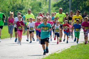 Alergotura invită la Pădurea Verde începătorii în alergare și părinții cu copii
