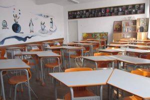 Foto: Două etaje ale Școlii Gimnaziale nr. 19 din Timișoara, reabilitate complet. Vezi cum arată clasele