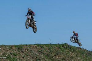 Piloții lugojeni pot câștiga două titluri de campioni naționali la Motocros, în weekend