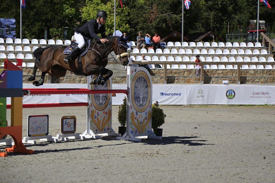 Vineri a fost o zi excelentă pentru concurenţii români la Herneacova International Jumping