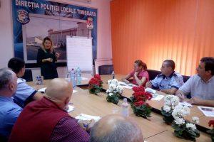 Polițiștii locali, puşi să înveţe engleza pentru a se putea înţelege cu turiștii care vin în Timișoara