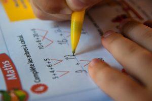 Calendarul evaluărilor naţionale pentru clasele a II-a, a IV-a şi a VI-a a fost publicat în Monitorul Oficial