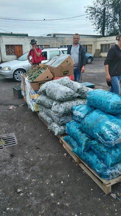 Razia Poliţiei Locale în Piaţa Mehala s-a lăsat cu zeci de amenzi