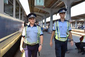 Controale în trenuri: 653 de călători fără bilete, peste 200 de sancțiuni aplicate și 11 infracțiuni constatate