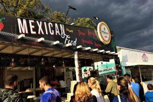 Foto: Mii de timişoreni au luat joi cu asalt Street Food Festival