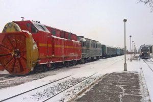 Trenurile au întârzieri din pricina zăpezii