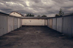 Garajele din tablă, demolate!