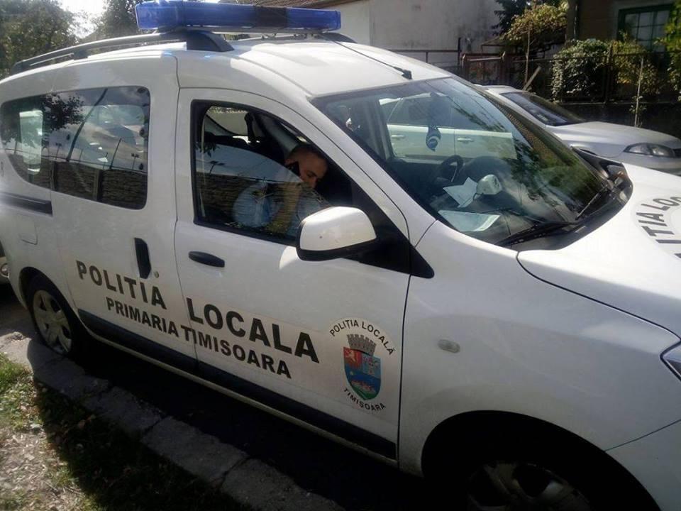 Ce cazuri au mai avut poliţiştii locali: biciclist lovit de mașină, băiat căruia i s-a făcut rău, bătrân rătăcit