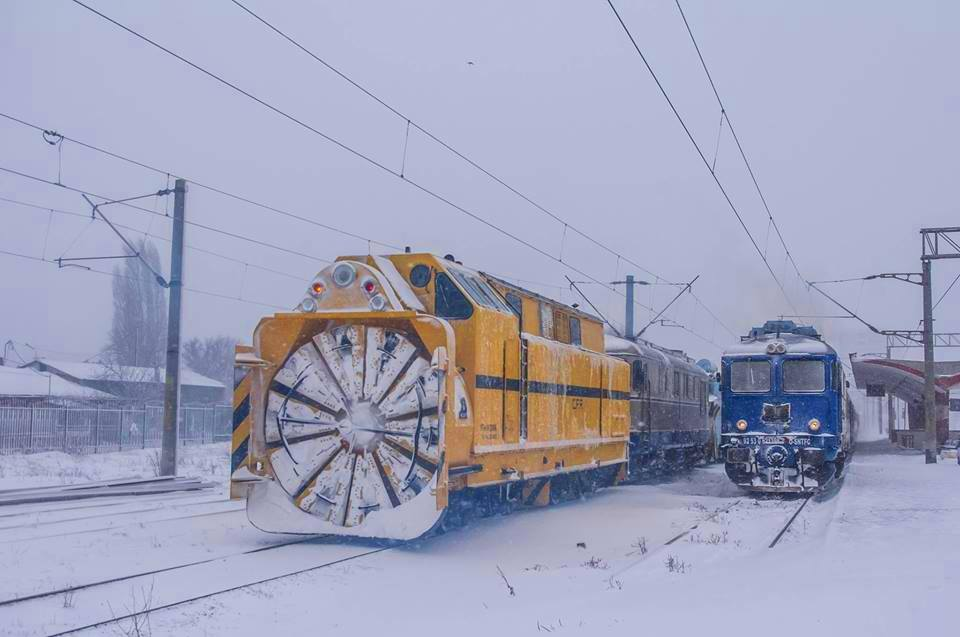 CFR: nu există linii închise și nici trenuri blocate