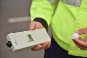 Un şofer s-a ales cu dosar penal după ce s-a urcat băut la volan